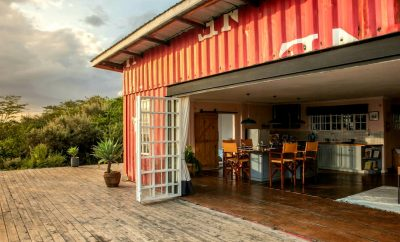 Oloshoibor/ Container House